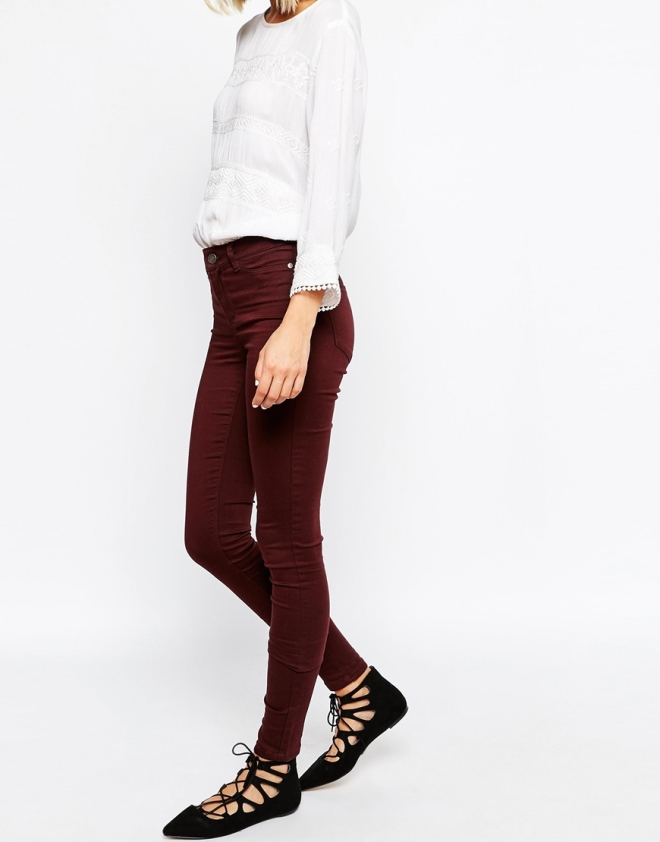 The fit of Vero Moda skinnies are always impeccable.I love this wine colour- perfect for the colder days and goes with so much.