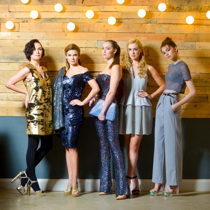PACEMAKER PRESS INTL: ÒPictured at the launch of West Coast Cooler FASHIONWEEK are models Nuala, Joanne, Rebecca, Aimee and Lauryn in the latest looks from Spoilt Belle Boutique, DV8, CastleCourt, Lotus Boutique and Topshop @ Victoria Square. The event will take place from 11-13 March across Belfast. For further information on show schedules, tickets, links to participant retailers and designers as well as the seasonÕs hottest trends, log on to www.belfastfashionweek.com.ÓPhoto: Kirth Ferris/Pacemaker Press